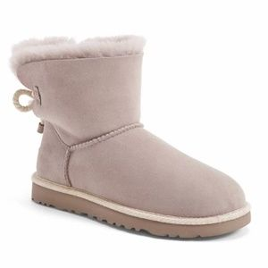 NIB UGG Selena Boot